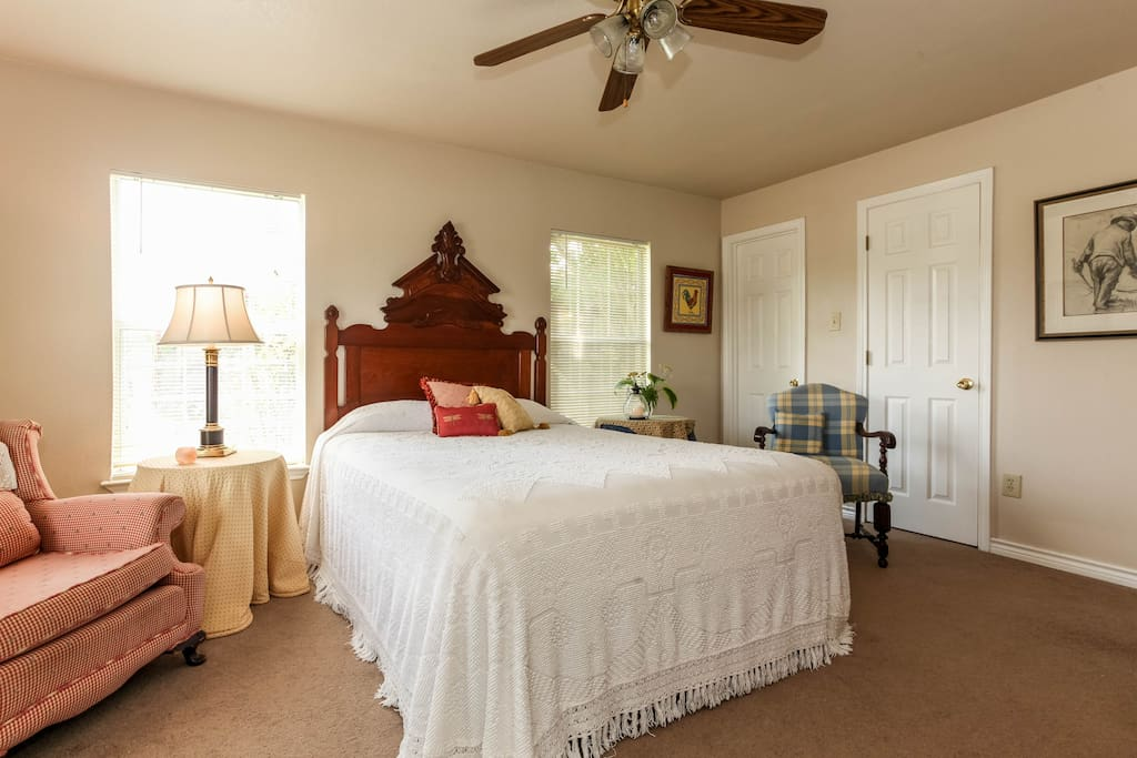 Master Bedroom Suite In Historic District Houses For Rent In Bastrop Texas United States