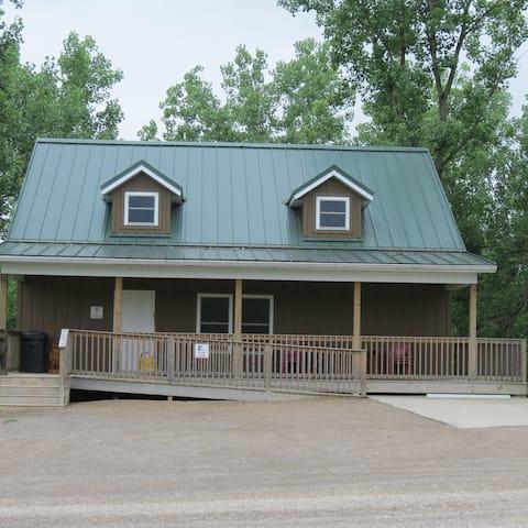 Bear Cabin Zion Retreat & RV Park
