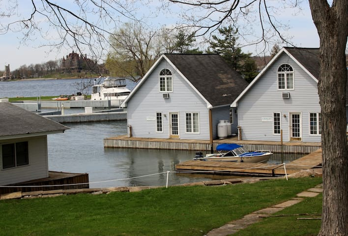 Ledges Resort & Marina Harbor House - Alexandria Bay - House