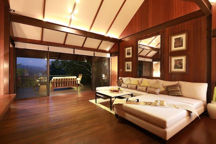Bunnag Three Bedroom Villa + Free minibar
