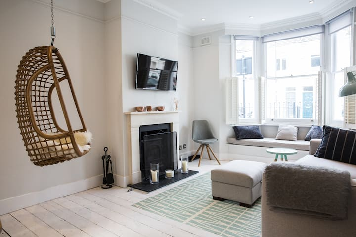 Picturesque Fulham house, 3 beds, sleeps 6 - London - House