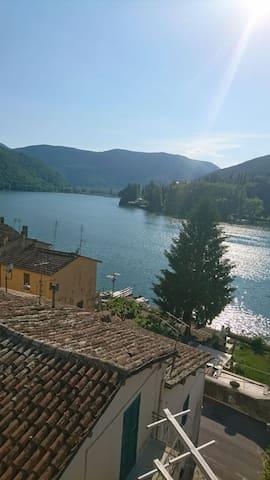 Piediluco Umbria,  sul lago (vicino a roma)