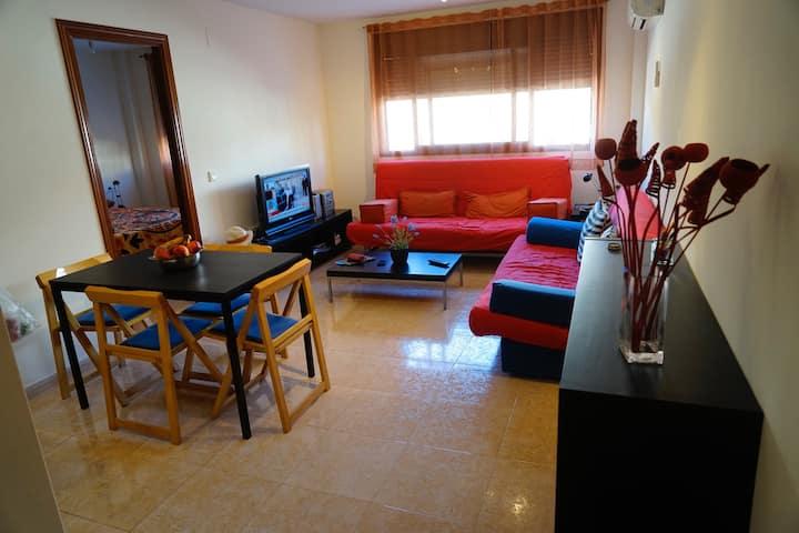 Apartamento cómodo y luminoso a 100 m. de la playa
