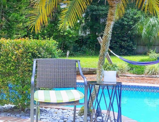Five Smiles Floridian Resort