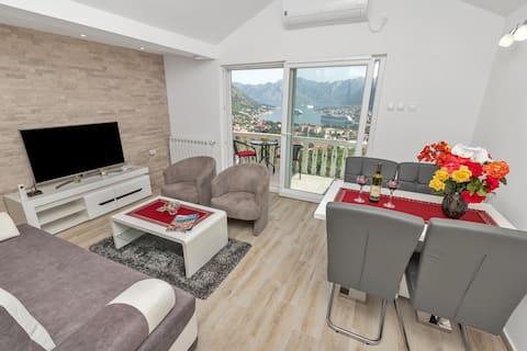 Lägenhet Kalle ( Vacker utsikt över Kotor )
