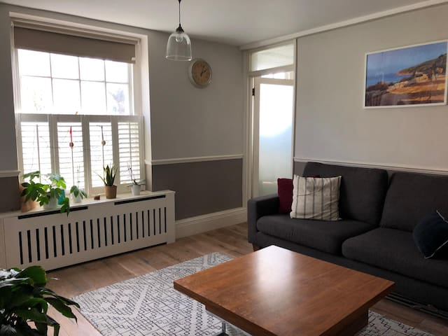 Bright spacious flat - Islington, Arsenal Holloway