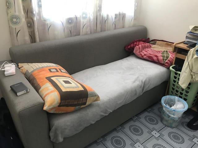 Good Bedspace for bachloer