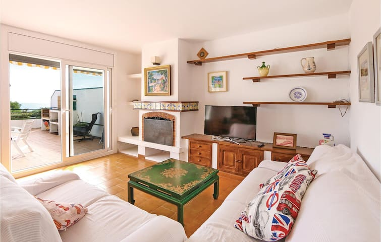 Semi-Detached with 3 bedrooms on 100m² in St.Andreu Llavaneres