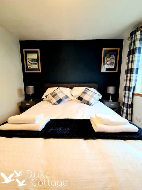 Speyside Cottage in the heart of the village