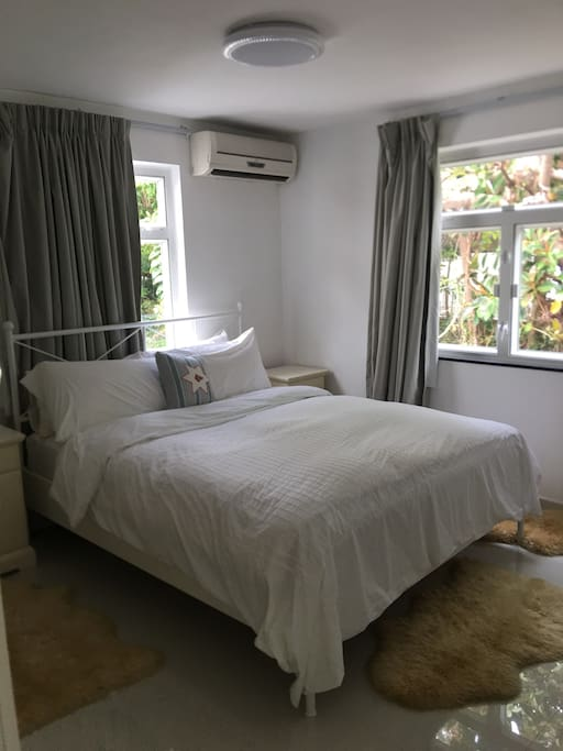 Bright and airy double ensuite guestroom