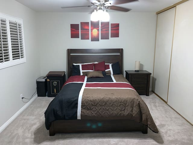 Queen Bed new pillows, night stand has built in USB and outlets.