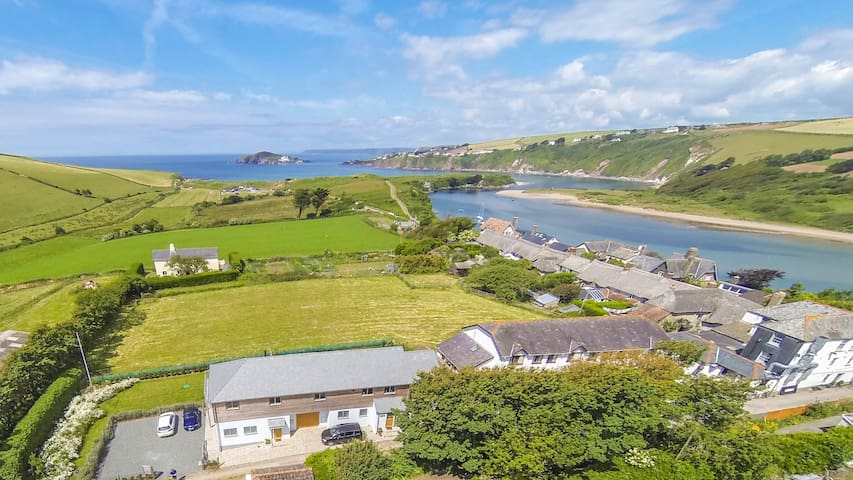 Sloopside Annex with views over Bantham Beach - Bantham - House