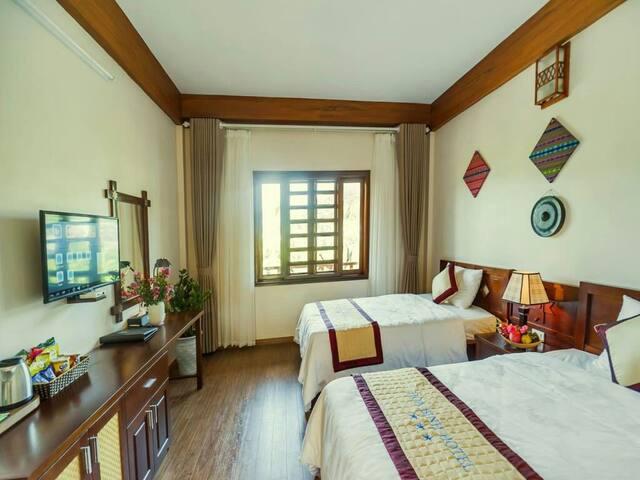 Hoa Binh Saga Room