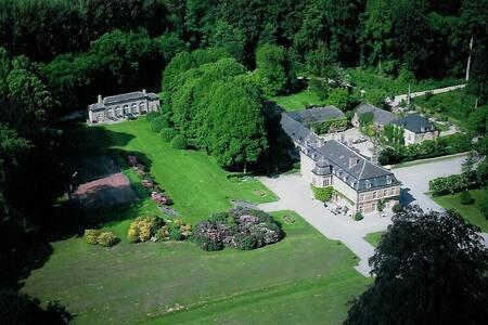 Château de Pallandt - Chambre du Duc de Bassano - Genappe