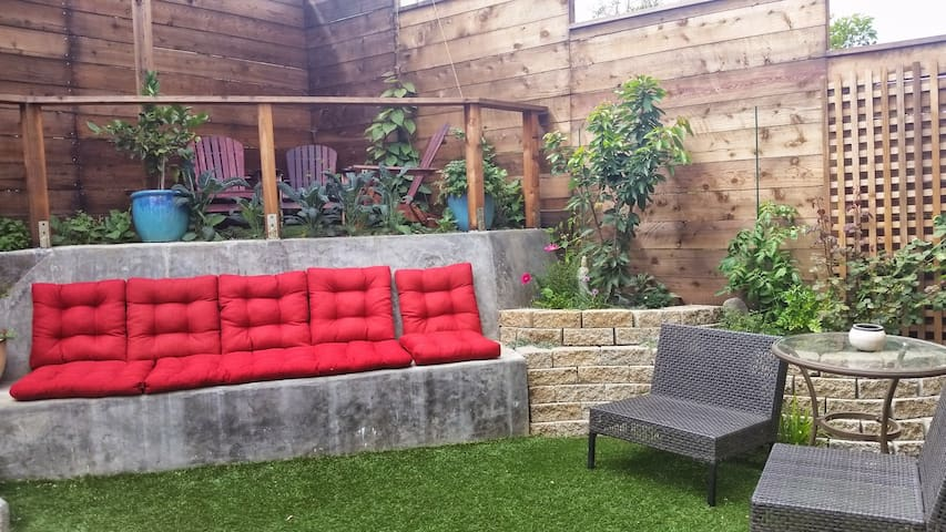 Bernal Nest 2BD Garden & Hot Tub