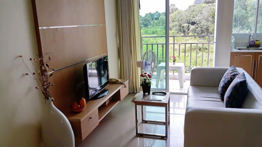 spacious 2-room private Apartment (M2)
