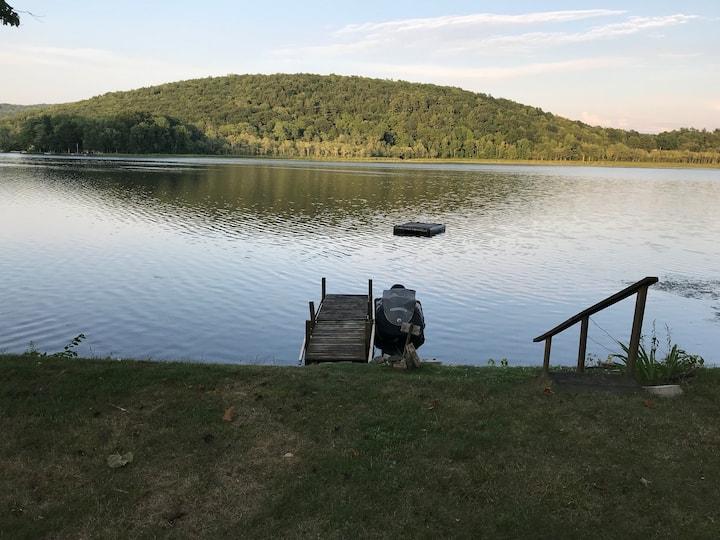 Cossayuna Lake Cottage