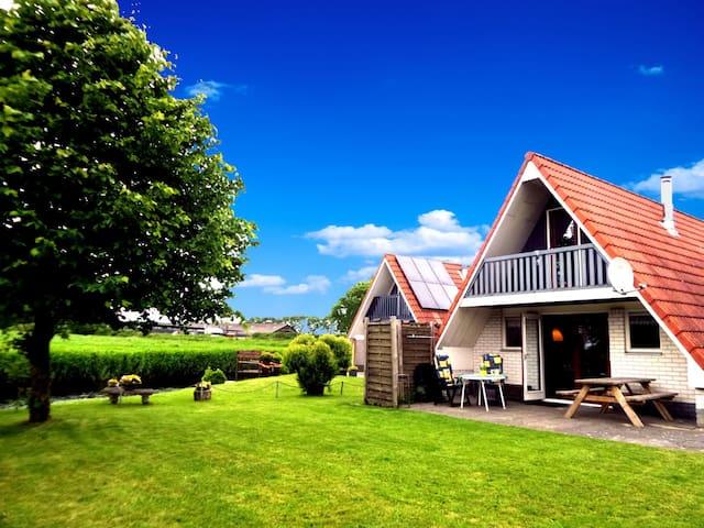 6pers. Ferienhaus in ruhiger Lage am Lauwersmeer - Anjum - Huis