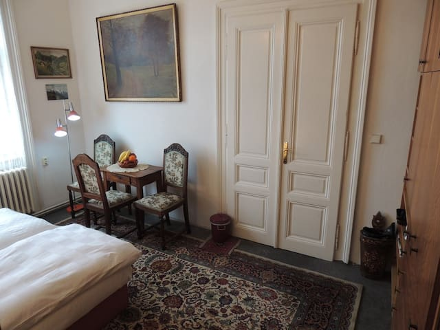 Two privat double rooms for 2-4 persons - Prag - Bed & Breakfast