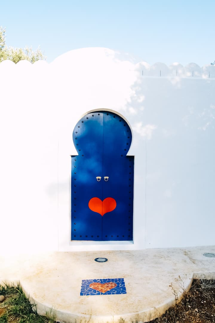 Love door porta dipinta
