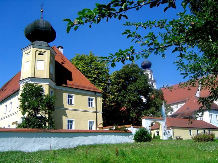 Klosterhof St.Salvator