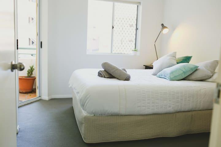 Great space, prvt bathroom, Wifi, Netflix - Spring Hill - Apartament