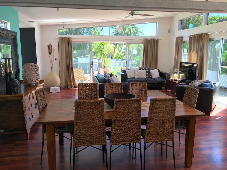 Room to entertain or relax and watch a movie ,kids will enjoy freedom of space indoor and outdoor .