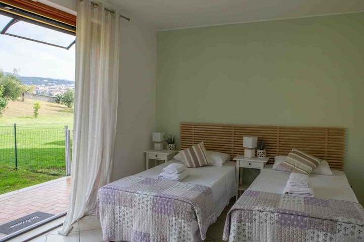 Nice Twin or Double Room - Cape House