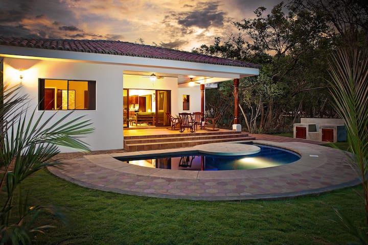 Casita Colorados - Close to Beach/Private Pool