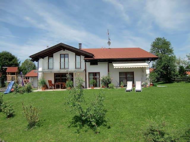 FeWo Bergruah für bis zu 3 Personen - Bad Bayersoien - Hus