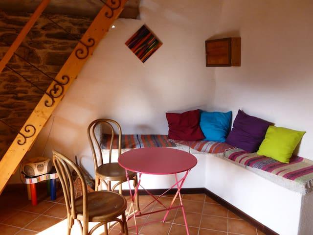 La Clédette, à Besses, hameau, Ponteils et Brésis - Génolhac - Haus