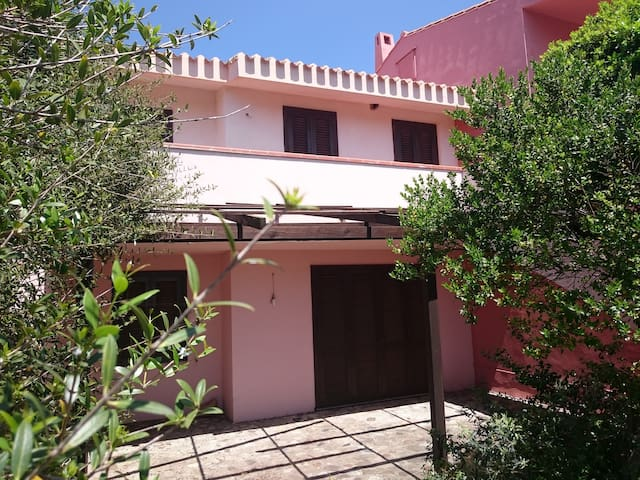 Semi detached house with sea view - Cabras - House