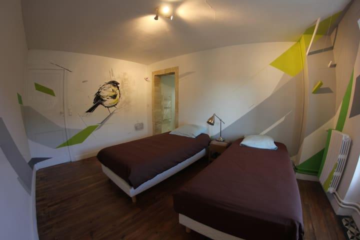 Auberge Meilhannaise,Chambre Monsta - Meilhan-sur-Garonne - ที่พักพร้อมอาหารเช้า