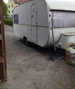 Wohnwagen für preisbew. Touristen ! - Feuchtwangen - Asuntoauto