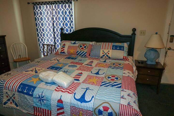 Oak Island Extended Stay 112-POOL & Pets