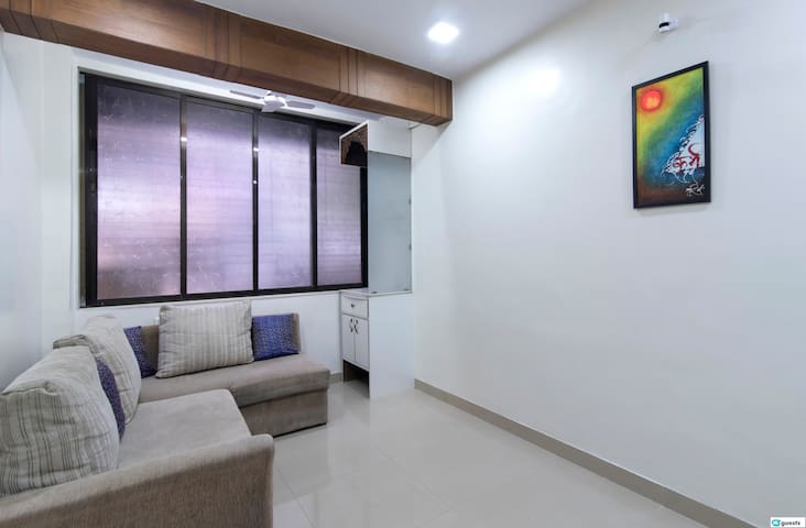 1BR in Goregaon East near Bombay Exhibition Centre