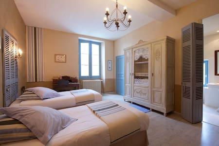 Room Compostelle - Castetnau-Camblong