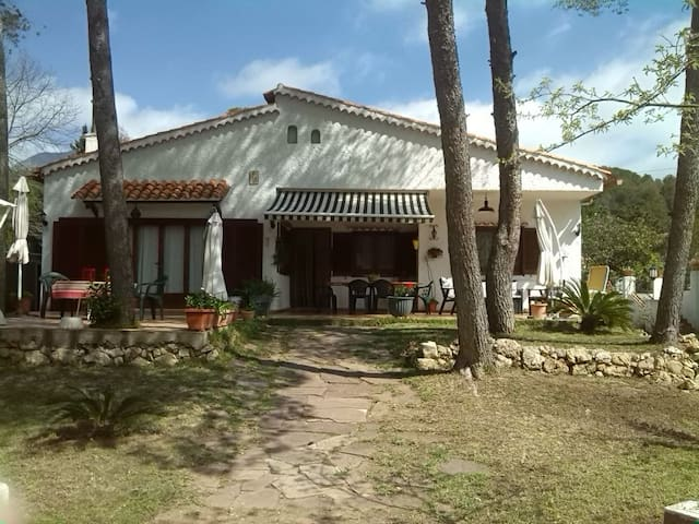 Mountain Villa near Gandia Beach - Gandia - Haus