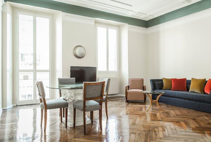 Pontaccio Apartment