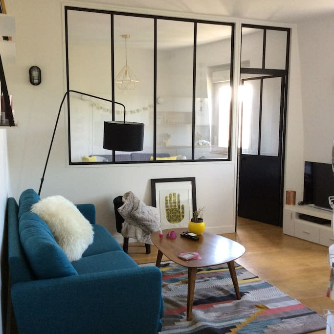 joli appartement proche gare bois colombes appartements louer bois colombes le de. Black Bedroom Furniture Sets. Home Design Ideas