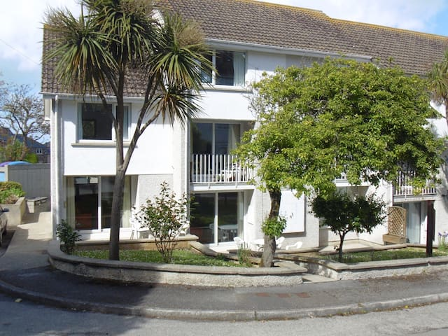 Maisonette Porth Newquay Cornwall