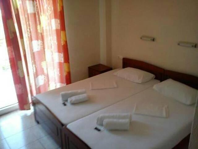 Ξενοδοχειο 'ΕΥΑΓΓΕΛΙΑ' - Leptokarya - Bed & Breakfast