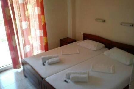 Ξενοδοχειο 'ΕΥΑΓΓΕΛΙΑ' - Leptokarya - Penzion (B&B)