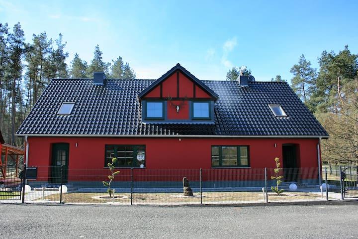 Ferienhaus Drewitz - Nossentiner Hütte - Huis