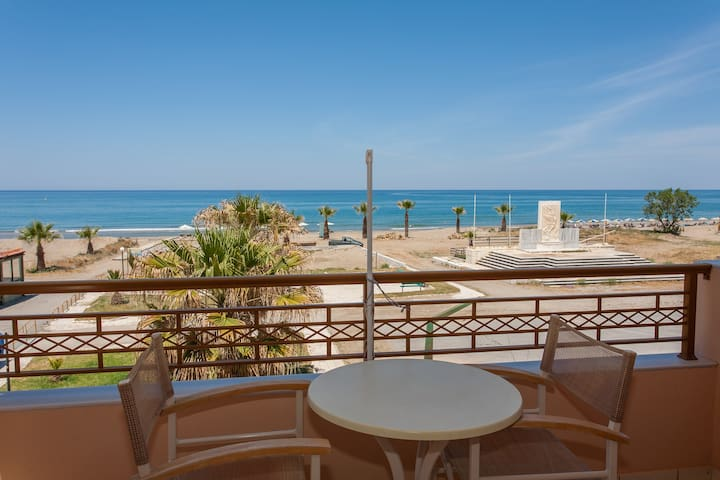 Beach apartment with great sea view #1 - Rethimnon - Byt