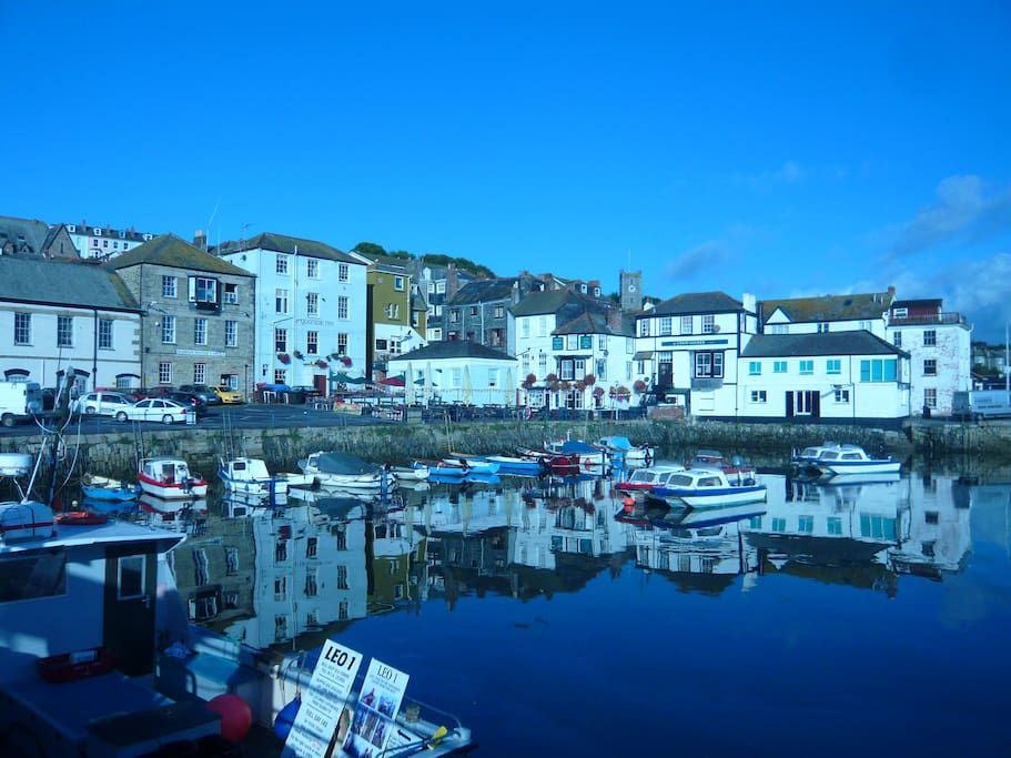 This harbour is a minute's walk from the cottage