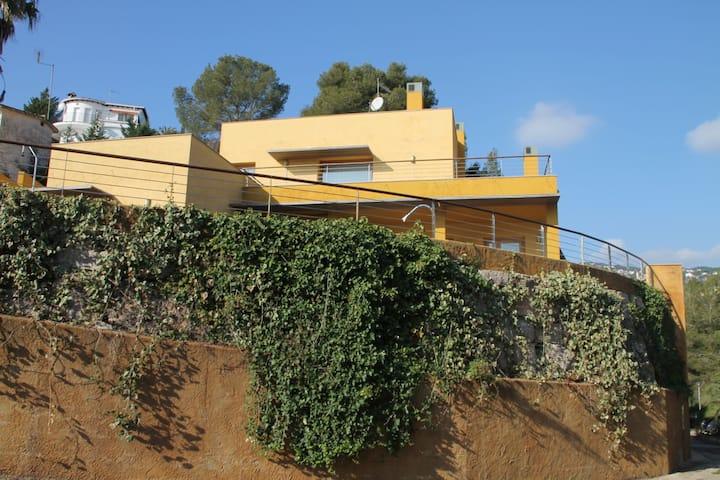 Villa with sea view!