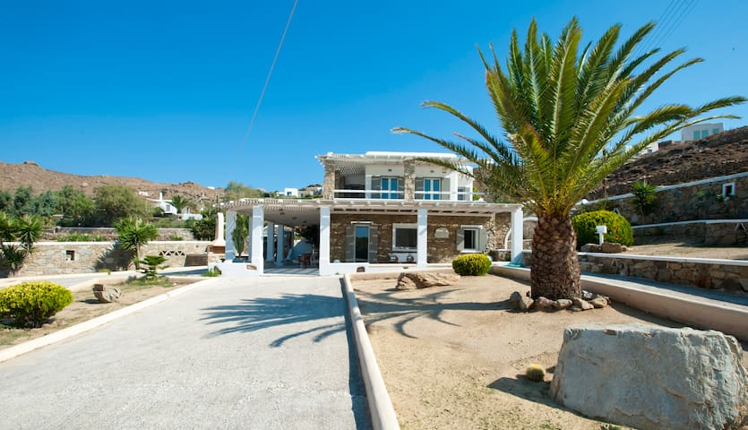 Luxury Villa in Kalo Livadi,Mykonos - Μύκονος - House
