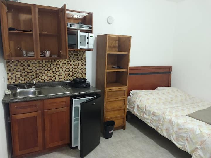 Suites Amueblada#1. Entrada independiente.