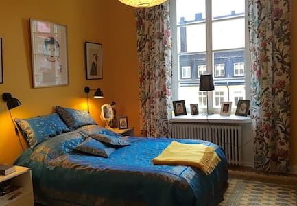 Lovely apt; the heart of Stockholm - Stockholm - Bed & Breakfast
